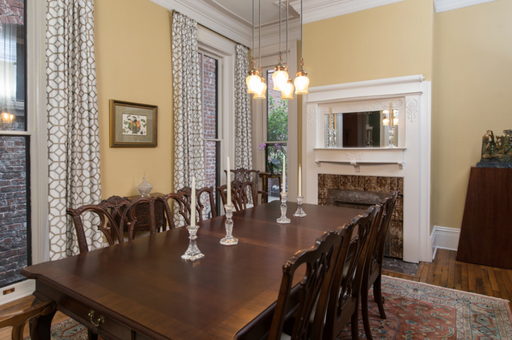 Designed by Modern Traditions Interior Design Photos by TA Wilson